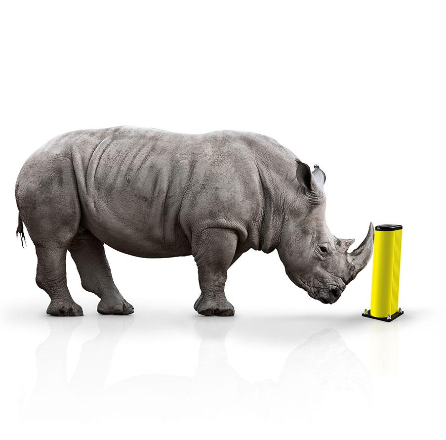 Ein Nashorn kommt nicht gegen einen Poller von MPM Deutschland an!